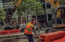 #boomtown #downtownsf #streetconstruction #streetwork #safetyvest #kobelco #excavator #sf #sanfrancisco #bayarea #california